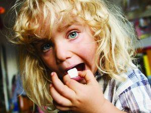 映画『シュガー・ブルース 家族で砂糖をやめたわけ』